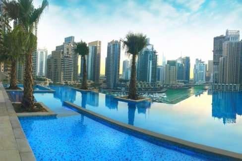 Infinity-Pool Marina Gate II (Dubai Marina)