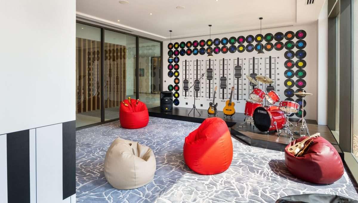 Immobilie UNA Dubai Lobby 8