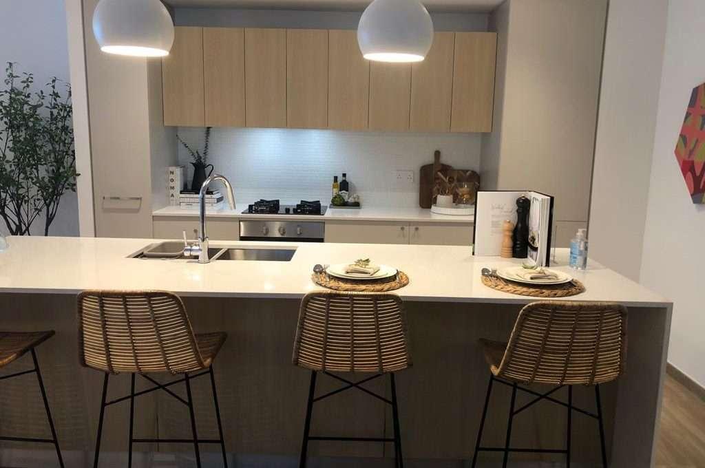 Wohnung The Sloane Dubai JVC Innenansicht Wohnküche 2